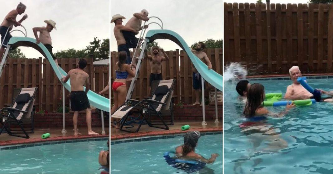 Família ajuda vovô de 94 anos a subir no escorregador para que ele possa dar um mergulho 2