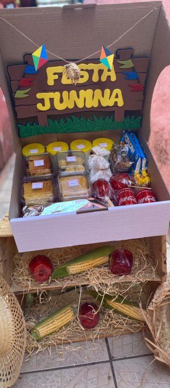 caixa itens festa junina
