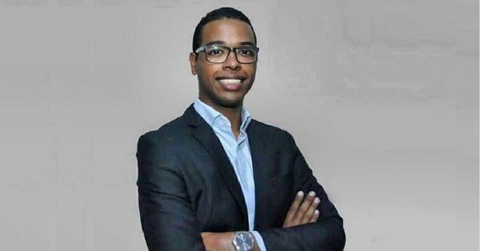 Quebrando todas as barreiras, o doutor mais jovem do Brasil é negro e filho de pedreiro e costureira 1