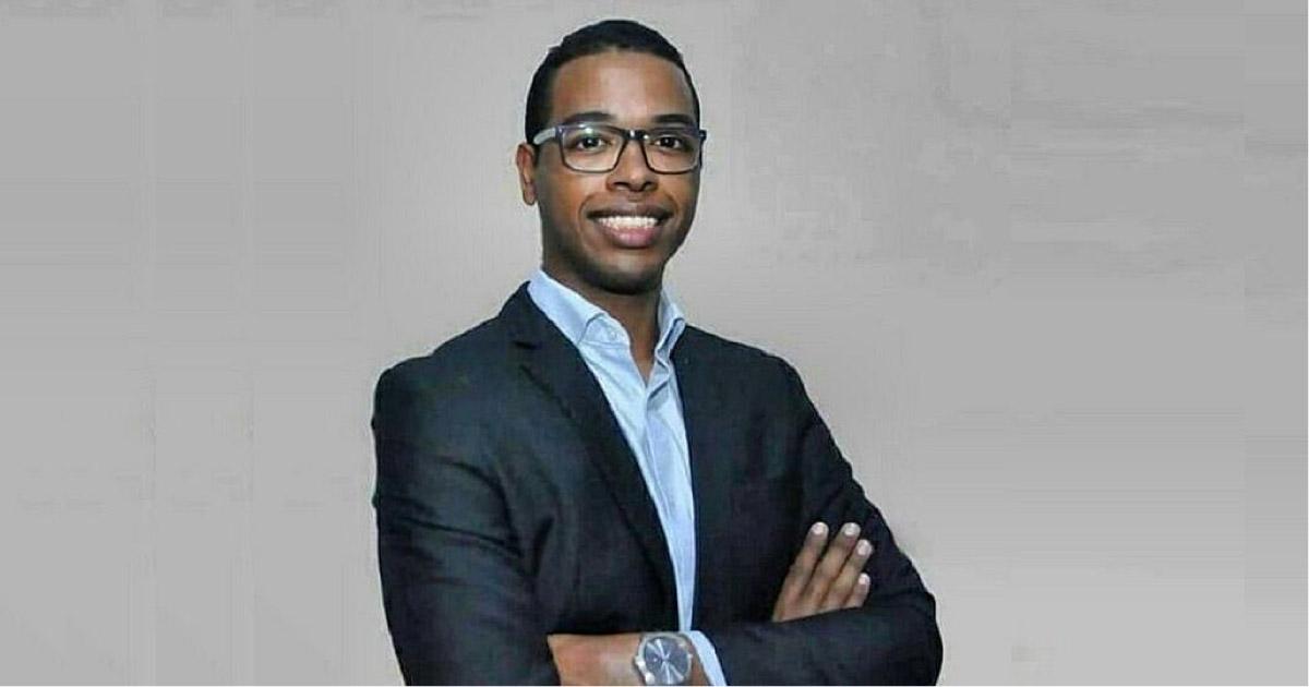 Quebrando todas as barreiras, o doutor mais jovem do Brasil é negro e filho de pedreiro e costureira 2