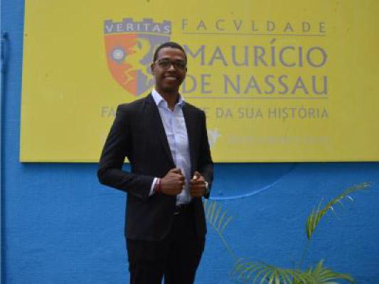 Guilherme na faculdade Mauricio de Nassau