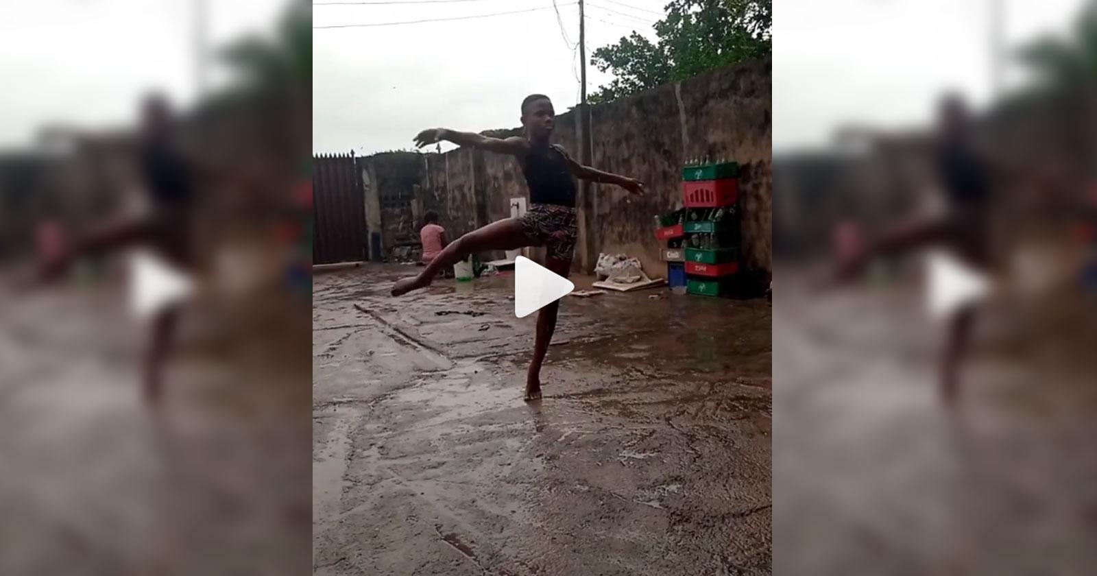 Descalço e na chuva, bailarino nigeriano de 10 anos encanta o mundo e vídeo viraliza 1