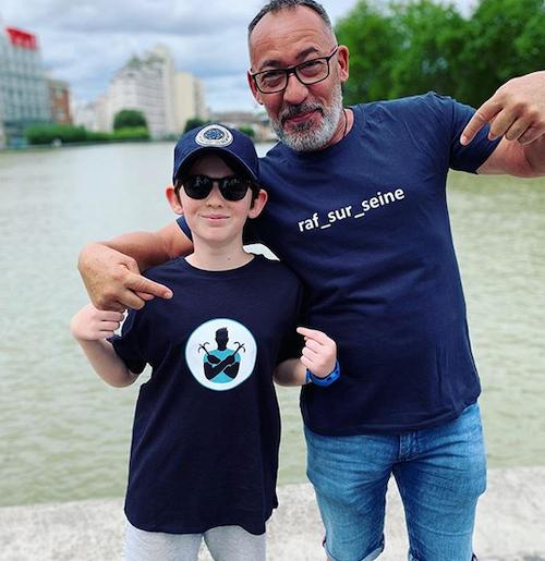 Menino de 10 anos limpa o Sena com ímãs e já pescou mais de 7 toneladas de lixo 3