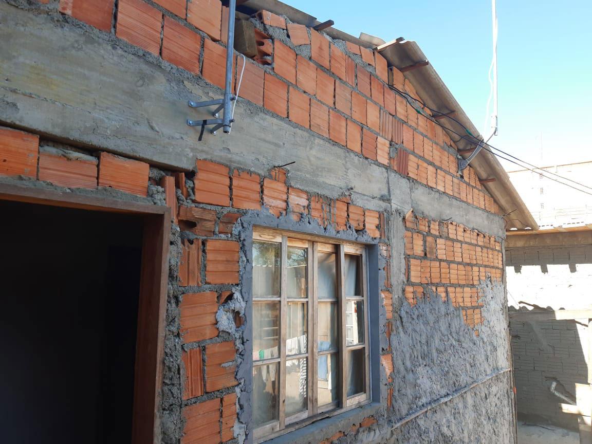 casa sem reboco parede