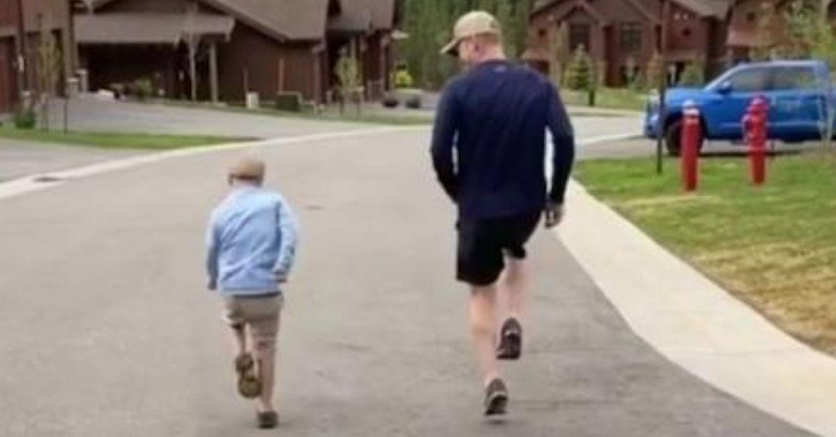 filho com sindrome de down dizendo que tem orgulho do pai
