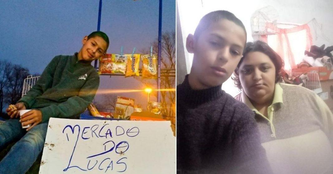 """Menino ganha doação de salgadinhos e doces, e cria """"mercadinho"""" na praça para ajudar no sustento de casa 1"""