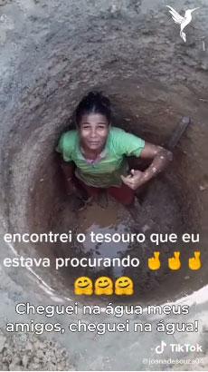 mulher fundo poço