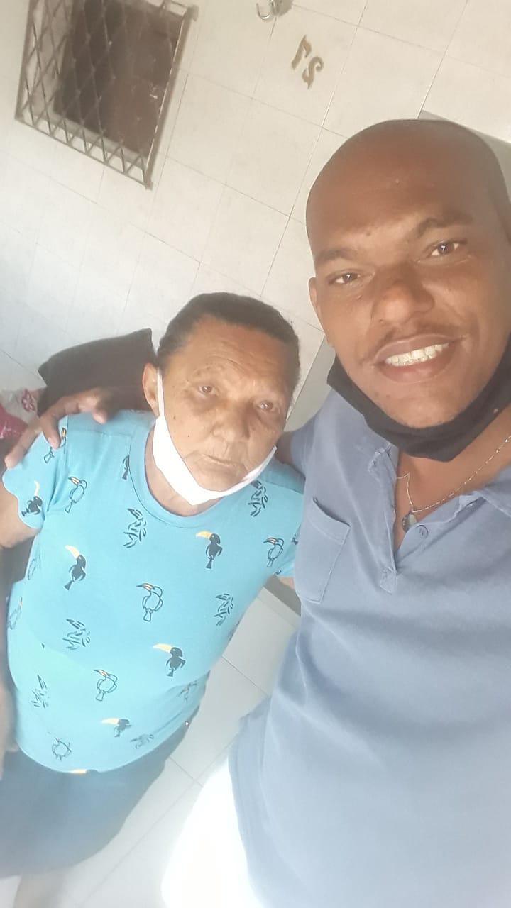 selfie técnico de enfermagem mãe