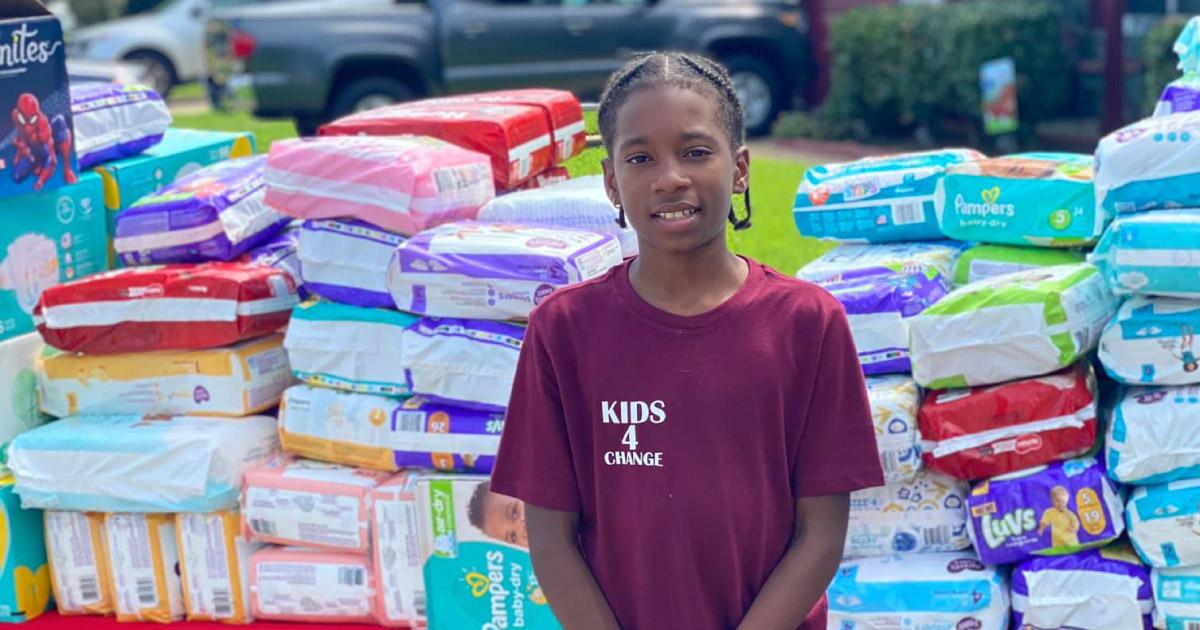 Menino de 11 anos doa 22 mil fraldas para mães solteiras usando dinheiro da sua barraca de limonada 2