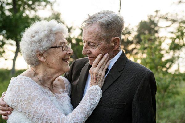 casal de idosos juntos há 60 anos