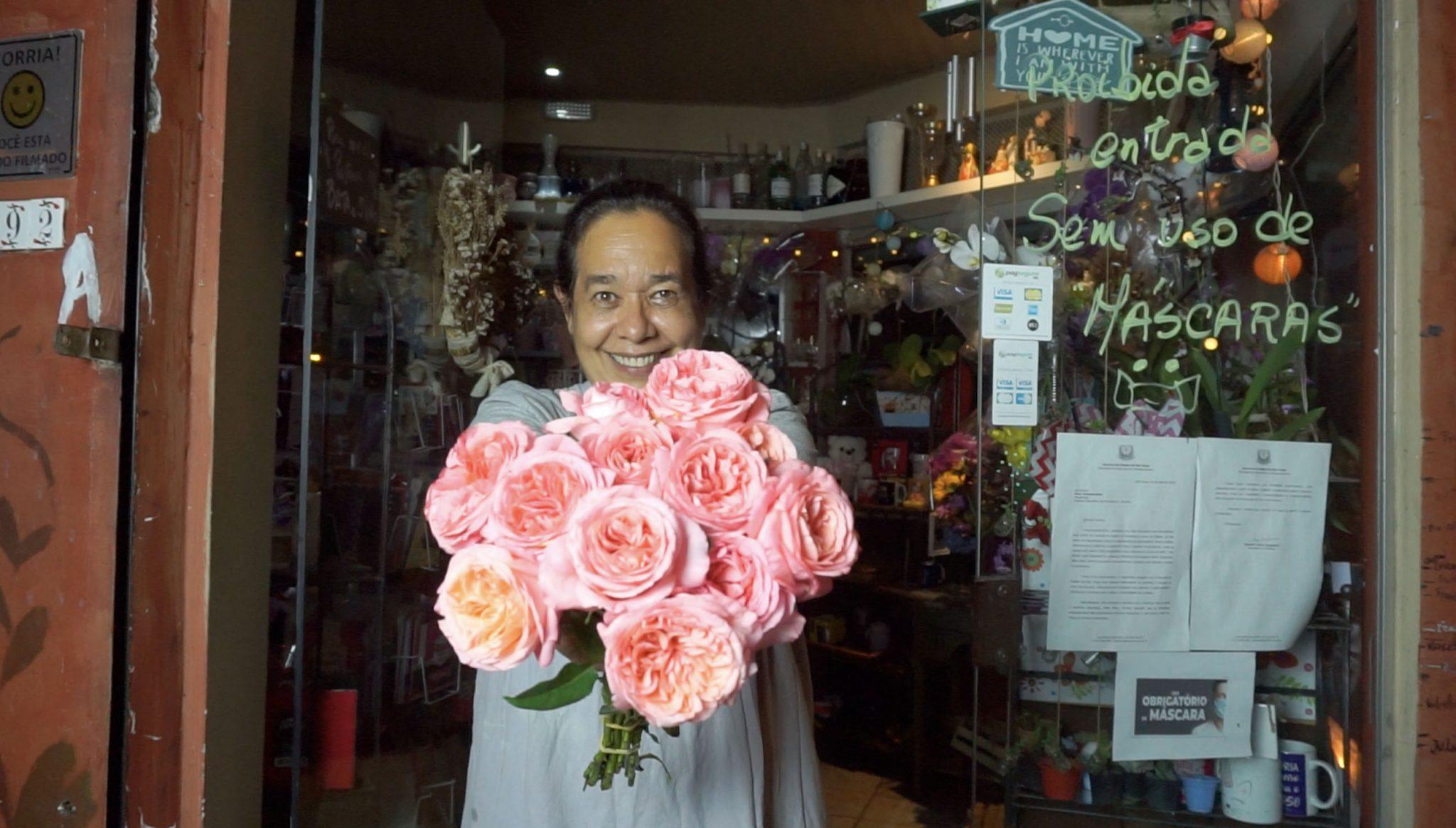 Em vez de flores, marido abre floricultura para surpreender esposa internada e transforma suas vidas 5
