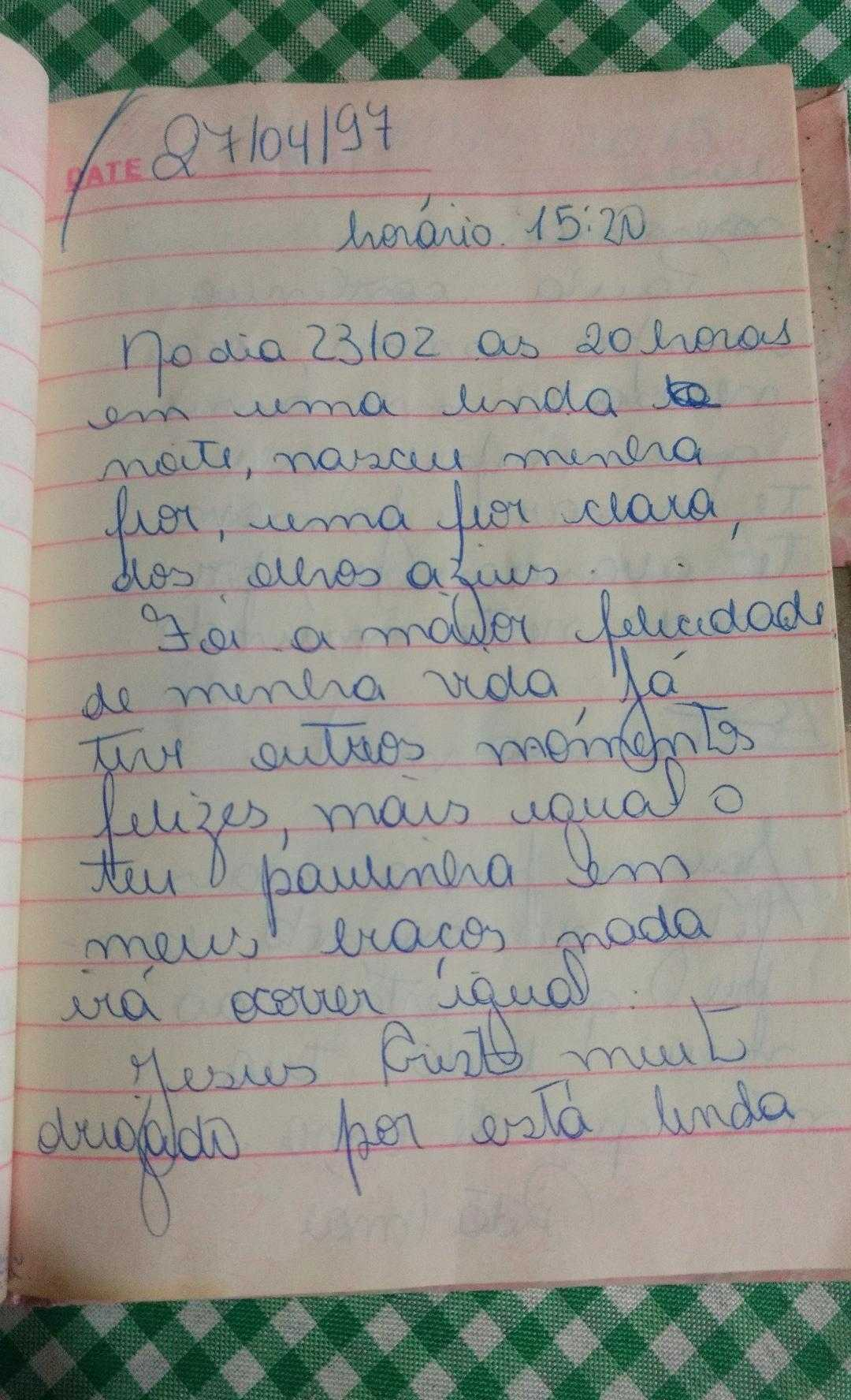 folha diário escrito mãe filha infância