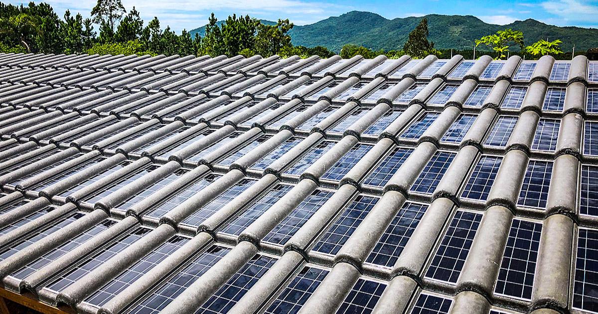 telha de concreto que gera energia solar