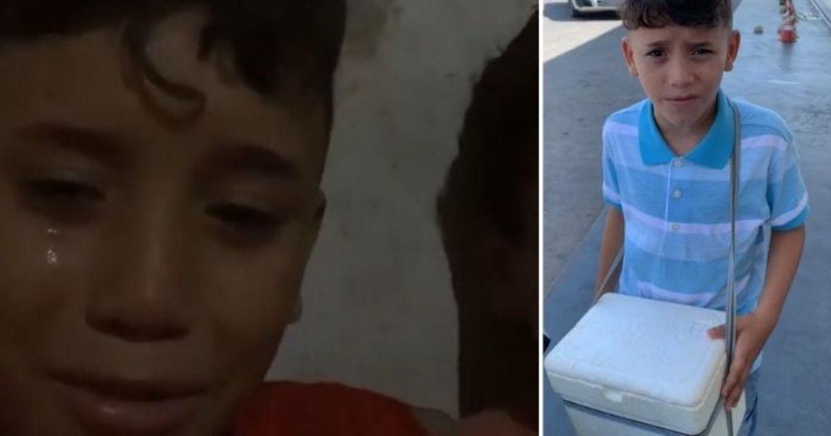 Menino chora ao ser denunciado por vender água na rua, comove web e ganha vaquinha 1