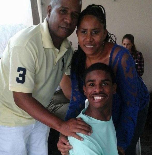 Nego e família