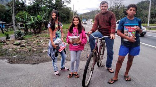 pai pedala 14km filhos 1