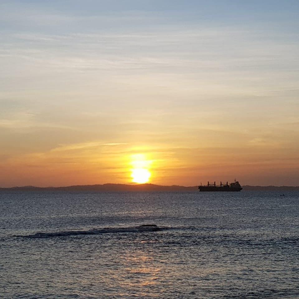 pôr do sol praia de boa viagem salvador bahia