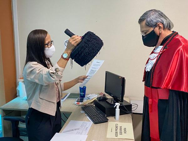 diploma em direito