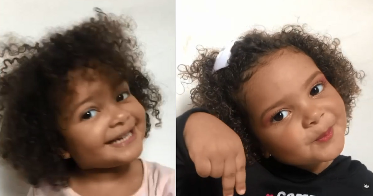 Menina mostra diferença entre seu cabelo e bombril