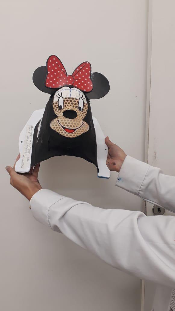 Máscaras lúdicas aliviam sessões de radioterapia de crianças com câncer em hospital de BH 2