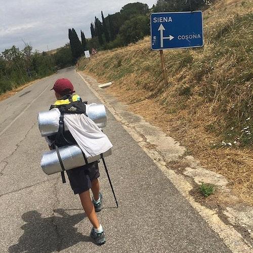 menino viaja da italia a inglaterra 3