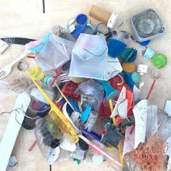 plástico recolhido por Marcos
