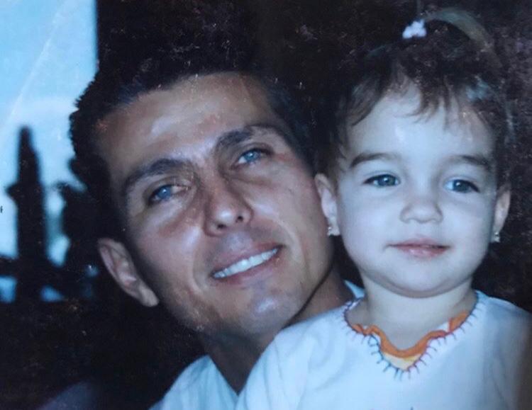 """Filha descobre emocionante lista de desejos que pai deixou após morrer de câncer: """"Aproveitar a vida com a Ju"""" 2"""