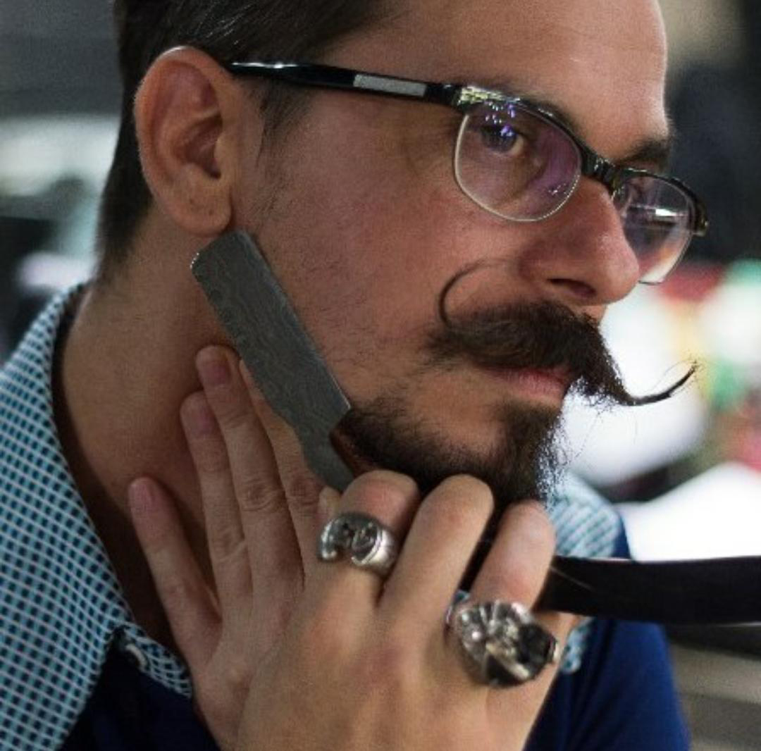 A história inspiradora de Alex Peres, de traficante da Rua Augusta a barbeiro renomado de SP 3