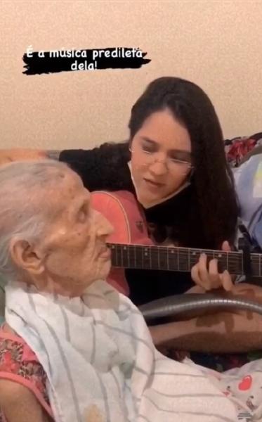 amanda e avó
