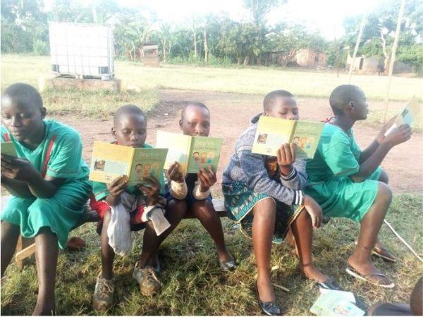 criancas no quenia