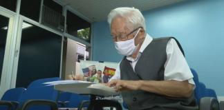 idoso faz vestibular para medicina