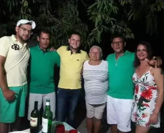 Fim de uma longa espera: graças a grupo de WhatsApp, irmãos se reencontram após 60 anos 5