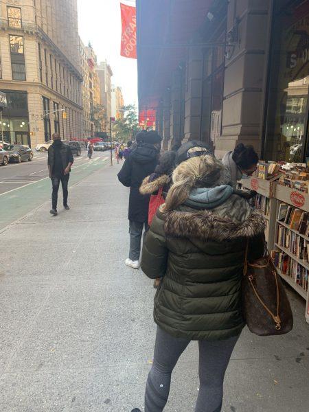 fila para comprar livros