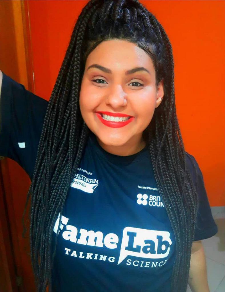 Médica veterinária é a primeira mulher negra a vencer competição científica FameLab Brasil 3