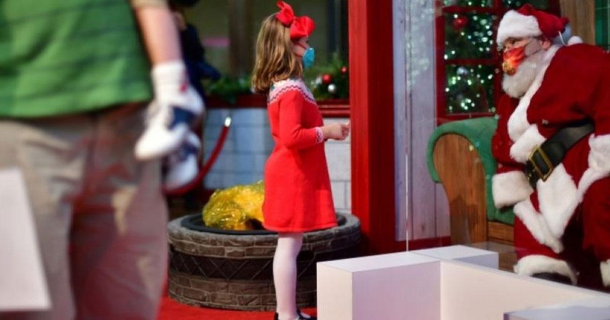 Para alegria das crianças irlandesas, Papai Noel se torna  'trabalhador essencial' no país 1