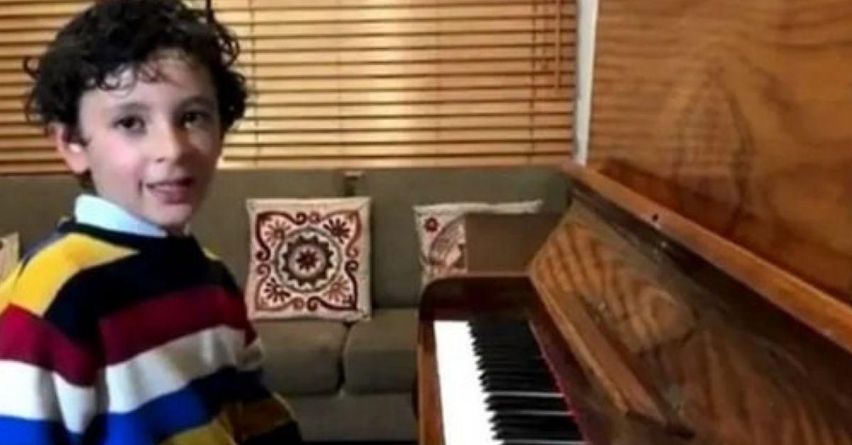 valentin menino pianista