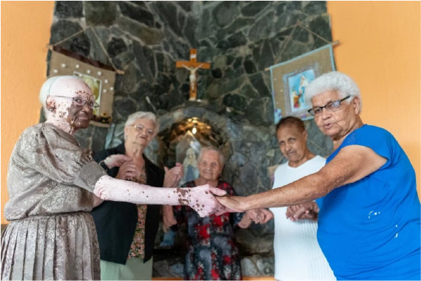 campanha de apadrinhamento para idosas