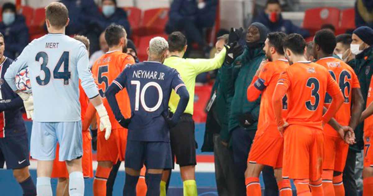 Histórico! Após ofensa racista de árbitro, jogadores de PSG e Istanbul abandonam partida 5