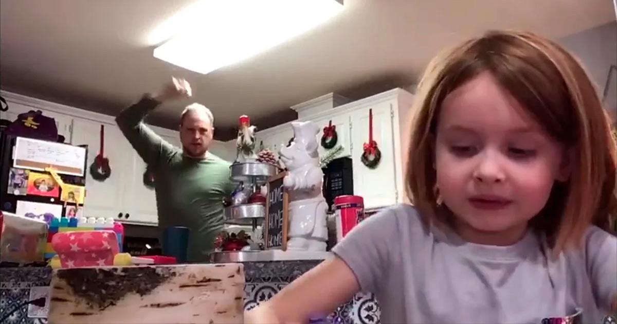 Pai viraliza ao dançar em vídeo da filha sem saber que era trabalho da escola 1
