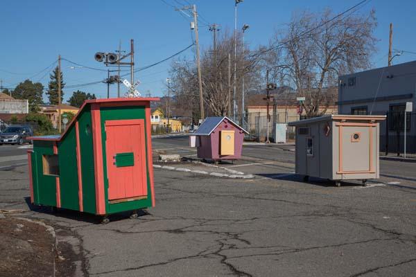 casas coloridas sem teto 7