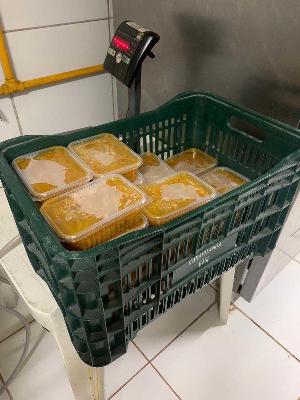 Em vez de usar cupons de desconto, influenciadora doa refeições a moradores de rua e crianças com câncer 3