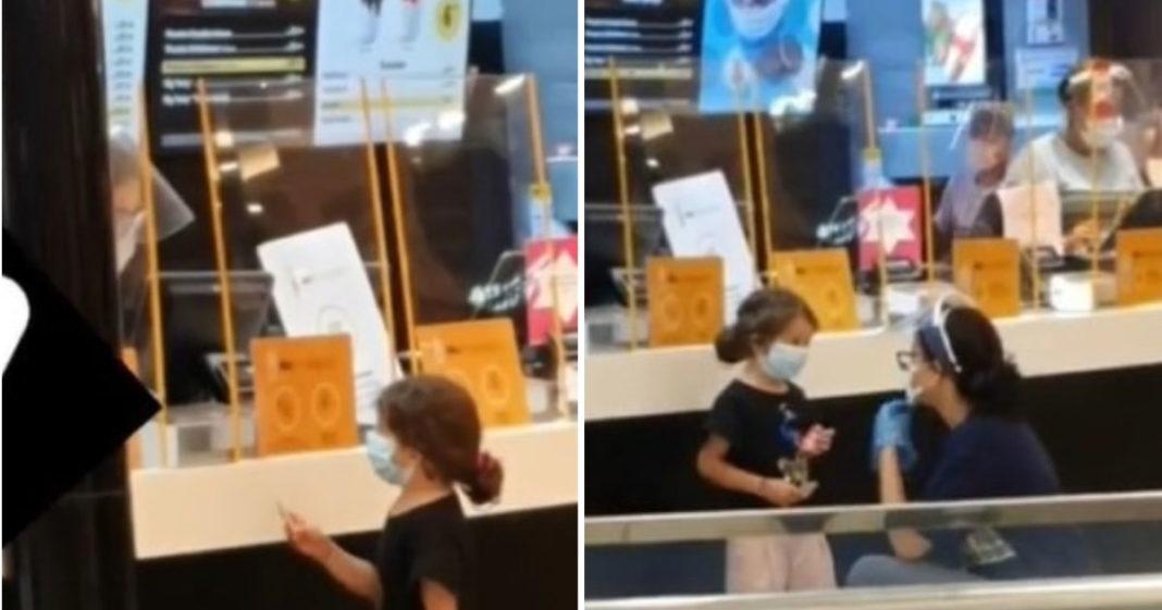 menina no balcão do mcdonalds para comprar sorvete