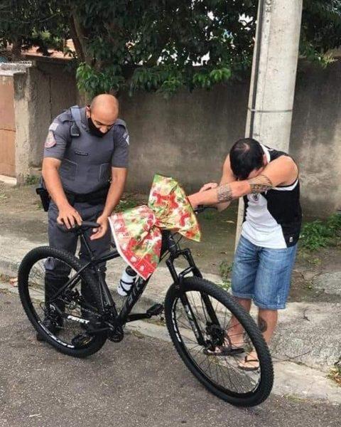 pm doa bike para policiais