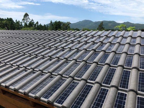 Primeira telha solar instalada no Brasil