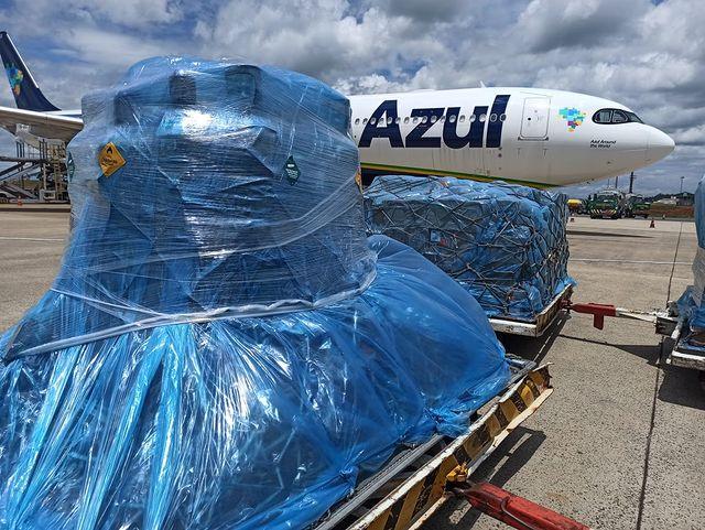 cilindros de oxigênio enviados para Manaus
