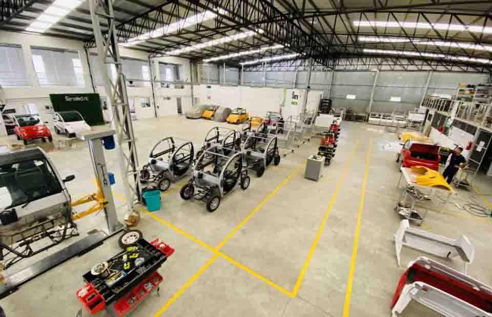 fábrica produção veículos elétricos