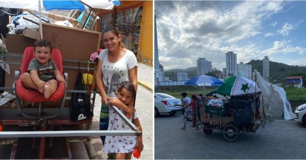 mãe leva filhos em carrinho de reciclagem