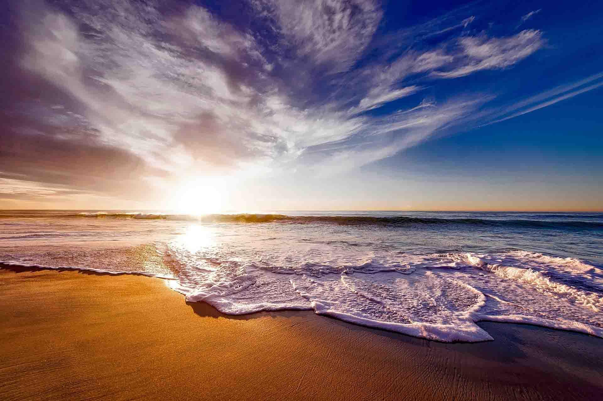 sol se pondo praia