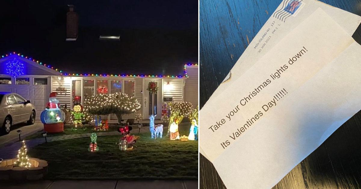 casa com decoração de Natal