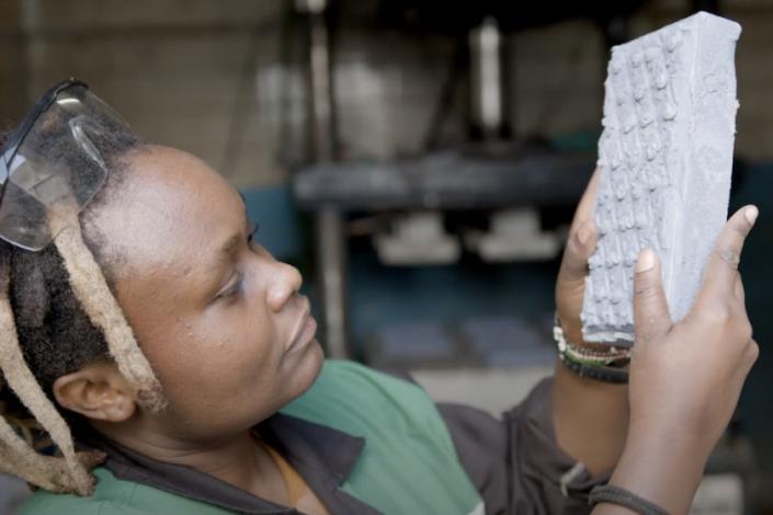 queniana segura tijolo de plástico
